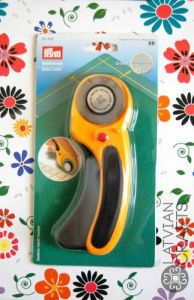 Rotary cutter - 45mm ― Latvian Crafts